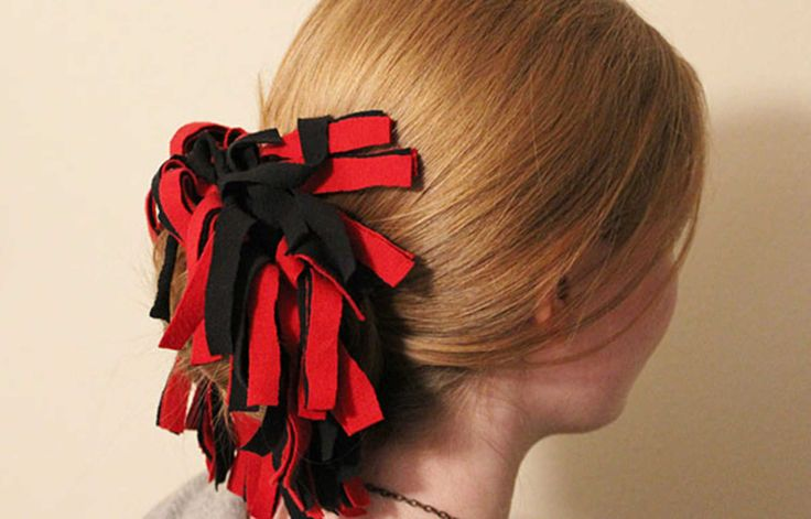 DIY Tutorial: Game Day Pom-Pom Hair Tie. These easy pom-pom hair ties are great accessories for pep rallies, game days, or whenever you feel like showing school spirit.