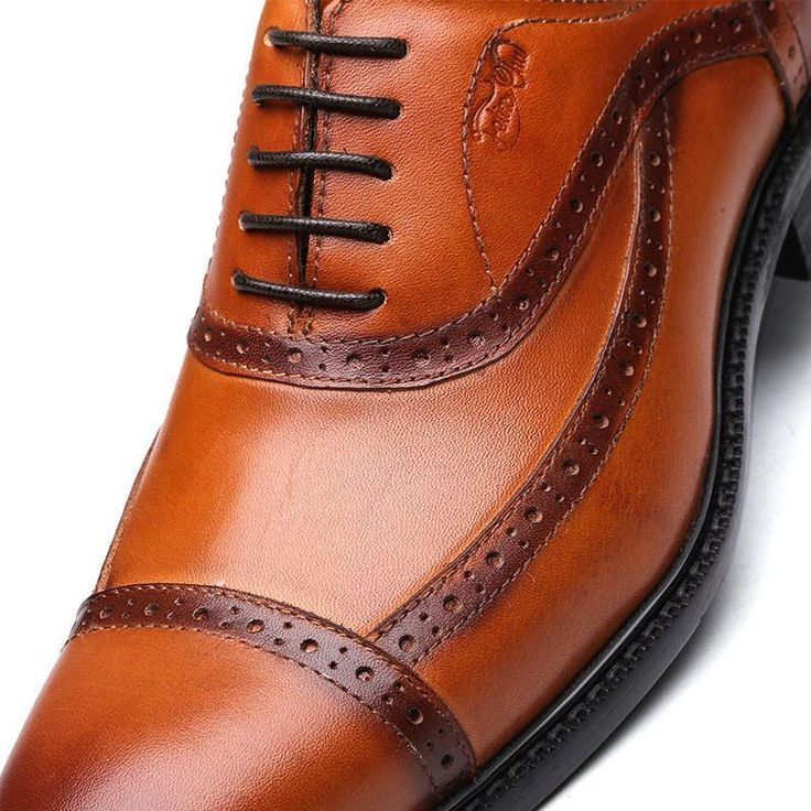 Run your Elegance 365 days a year! Elegance is a mindset Roberto - Trendy Lace Up brown Oxford Men Shoes - Runit365 your Elegant Men Store  #shoes #classy #leather #mensfashion #boots