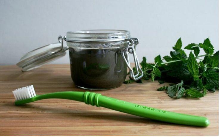 Cómo tratar y prevenir las caries con un remedio 100 % natural. http://ift.tt/2I3HCBM