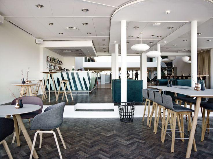Foyer og loungeområde på Comwell Køge Strand