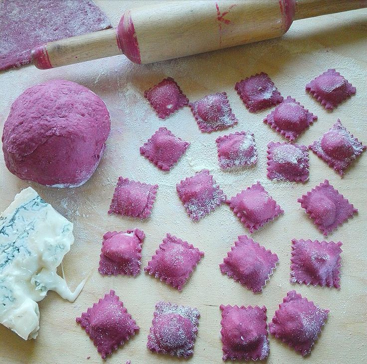 cucinama.com - Ravioli di barbabietola con gorgonzola