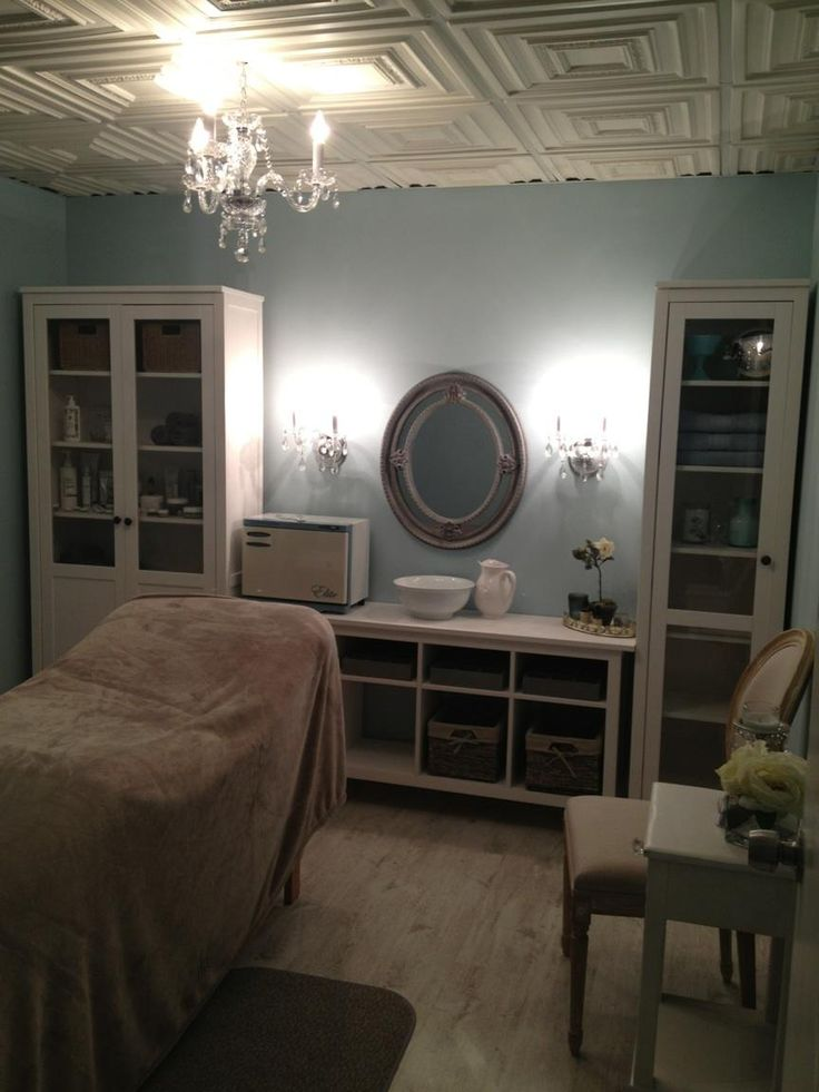Lindsaylondon Com Day Spa Massage Therapy Room Esthetician Room