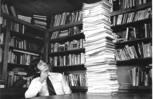 """""""… Tom Hayden with his 22,000-page F.B.I. file, circa 1979."""""""