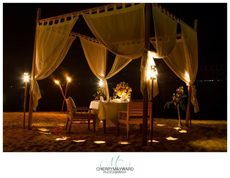 romantic candlelit dinner on the beach with gazebo, dinner ...