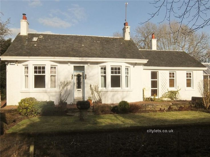 3 bed cottage in Newton Mearns