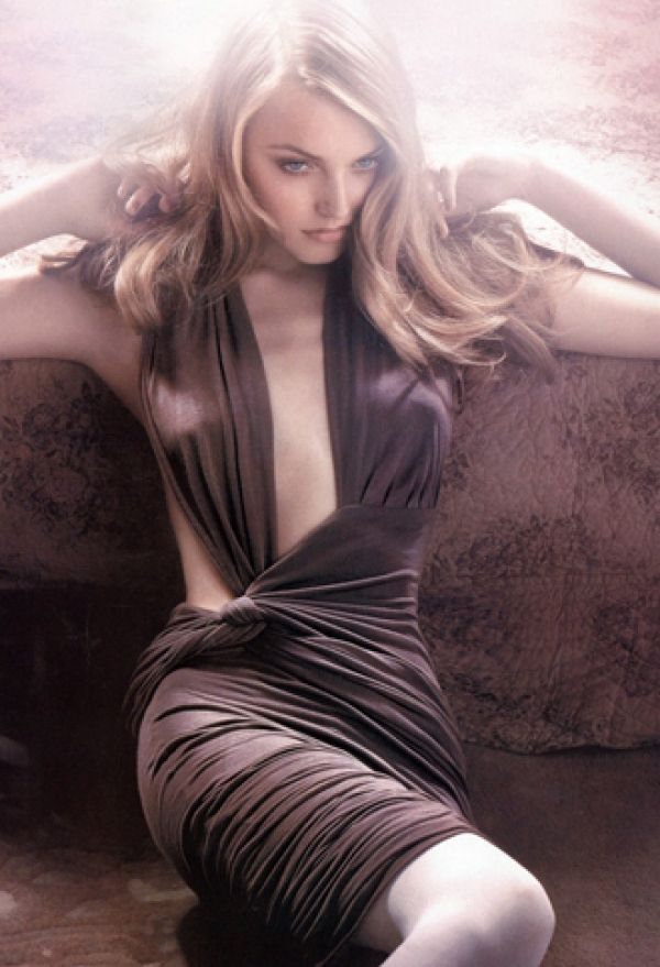 : Fashion Photo, Fashion Models, Beautiful Women, New Fashion, Convertible Dresses, Wraps Dresses, The Dresses, Anna Jagodzińska, Beautiful Fashion