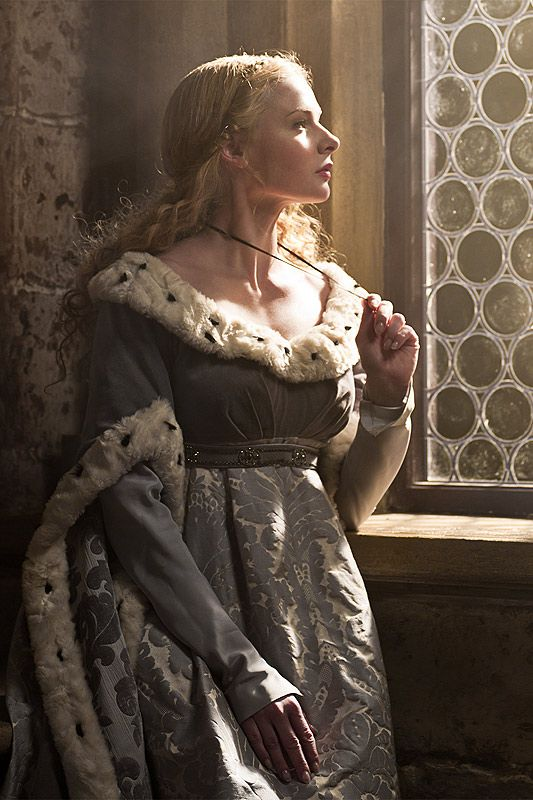 "Elizabeth Woodville (Rebecca Ferguson) in ""The White Queen""."