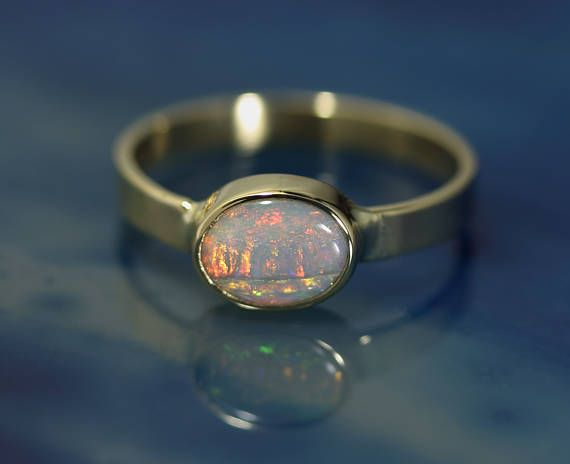 Coober Pedy Opal in Solid 18k Gold Ring