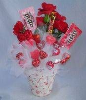 Valentine's Day Candy Bouquet from Terri O | FaveCrafts.com