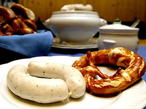 {6 pm - Grab some traditional Bavarian food for dinner}