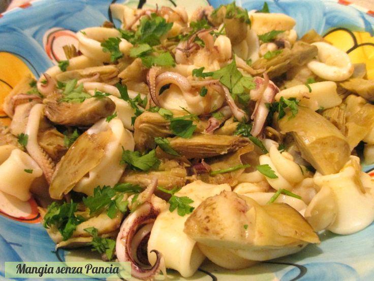 Calamari e carciofi in padella per un secondo piatto veloce e saporito. Molto nutriente, leggero e ideale per tutta la famiglia!