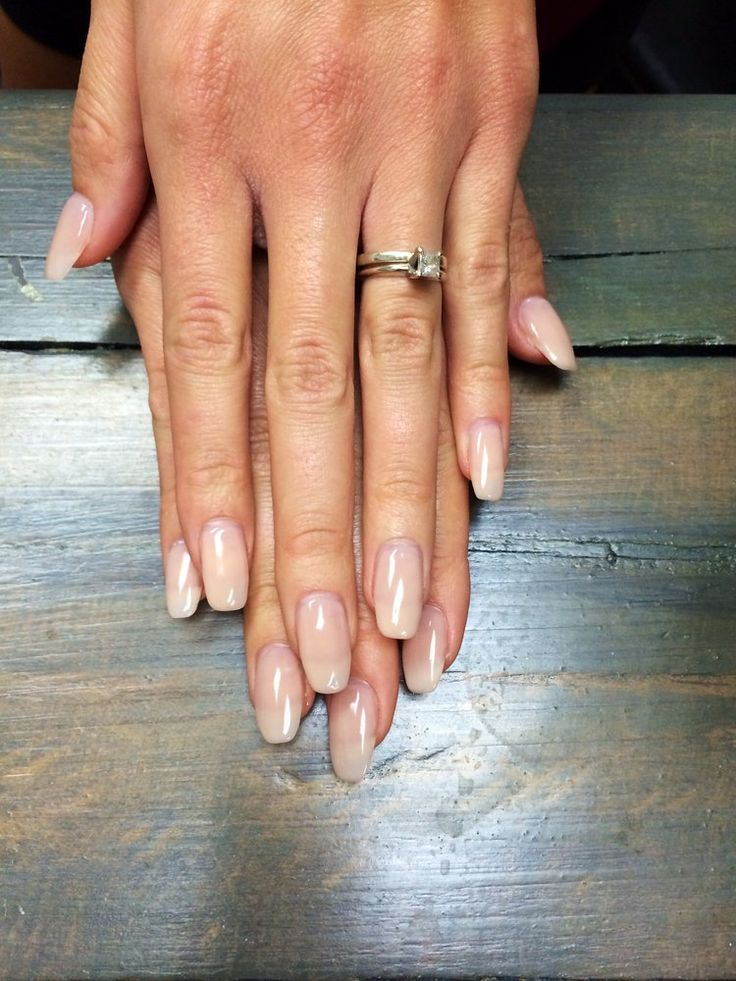 natural looking oval acrylic nails