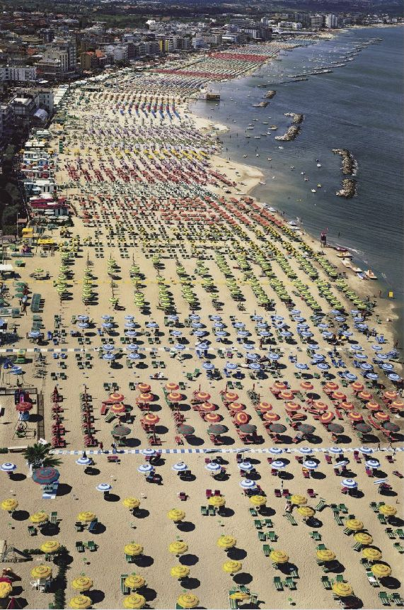 Rimini 2003, by Andreas Gursky