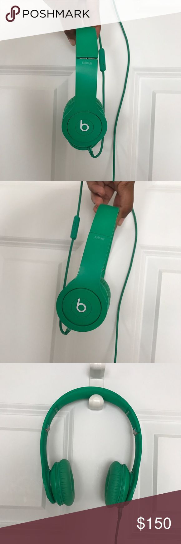 """Beats Solo 2 HD Headphones These Beats Solo 2 HD headphones are perfect for everyday use. They feature a Kelly green color with a volume adjuster/microphone and headphone jack connection. These headphones are in very good condition, used lightly, but everything works perfectly. They also feature the Beats """"b"""" logo on both sides. Cushions for the ear and head are super  snug comfortable. They stay on we'll even with movement. The strap at the top is adjustable on either sides. Size: One Size…"""
