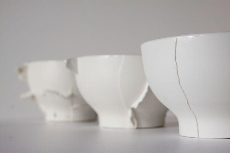 ceramic bowls with seams. Designed by Anna Pawlewska