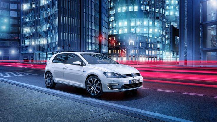 Car 2014 Volkswagen Golf GTE Plug in Hybrid