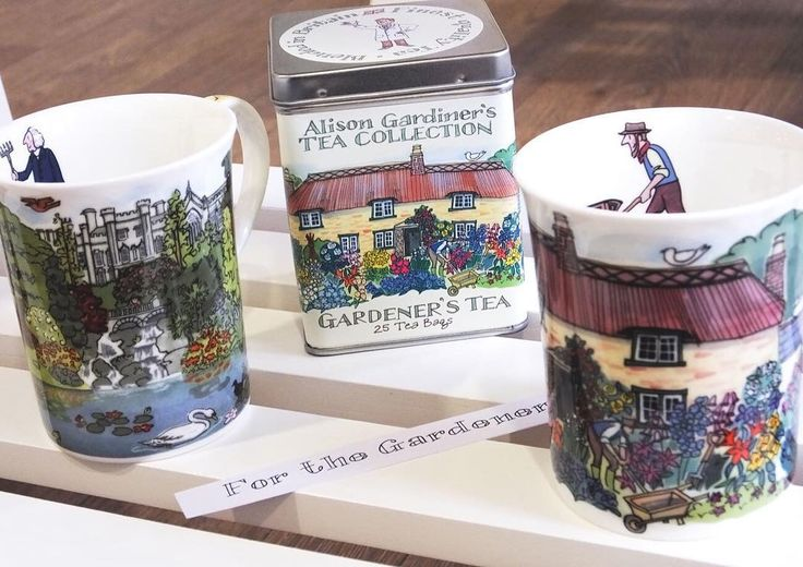 We think tea and gardening are such a perfect match, we've matched them together in our gardening range! For the gardening Dad this Father's Day. Find the link in our bio & order by midday tomorrow for UK delivery by Saturday! ☕️ #fathersday #gardener #garden #mug #tea #gift #dad #finebonechina #alisongardiner #cottagegarden #edwardiangarden #teabag #artisantea #gardening