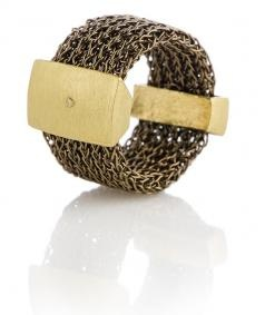 Knitted ring with 18k gold elements
