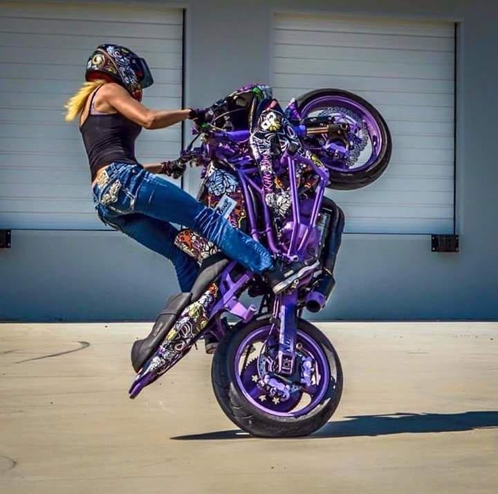 Moto Girls On Instagram Stunt Motostunt Motogirl Motogirls