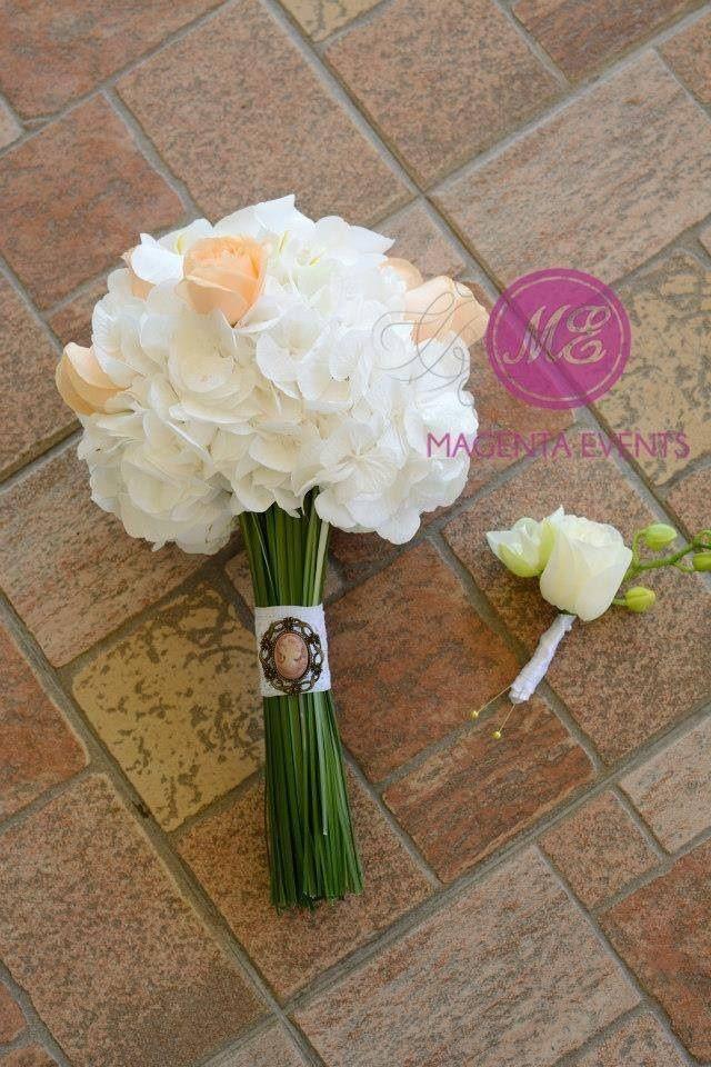 hortensie, trandafiri si orhidee #cameas #camee #vintage #hydrangeas #orchid #boutonierre