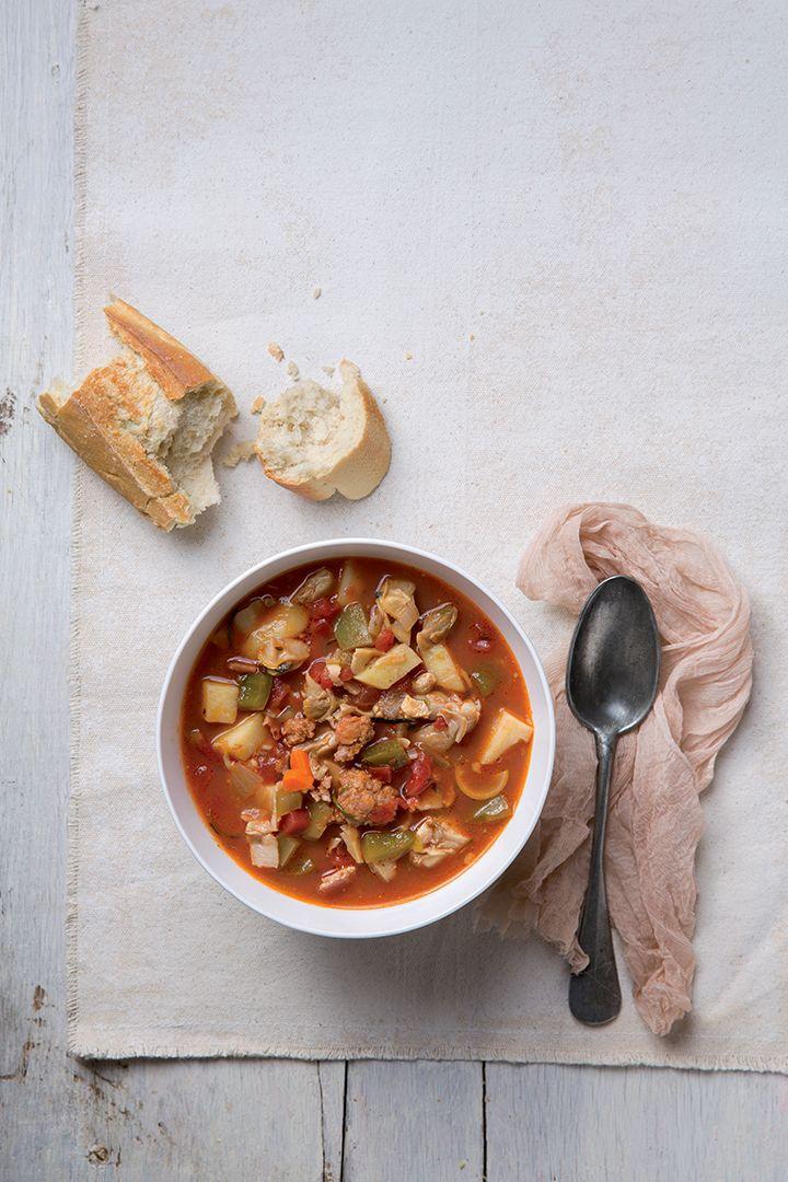 ... | Manhattan clam chowder, Clam chowder and Chicken corn chowder