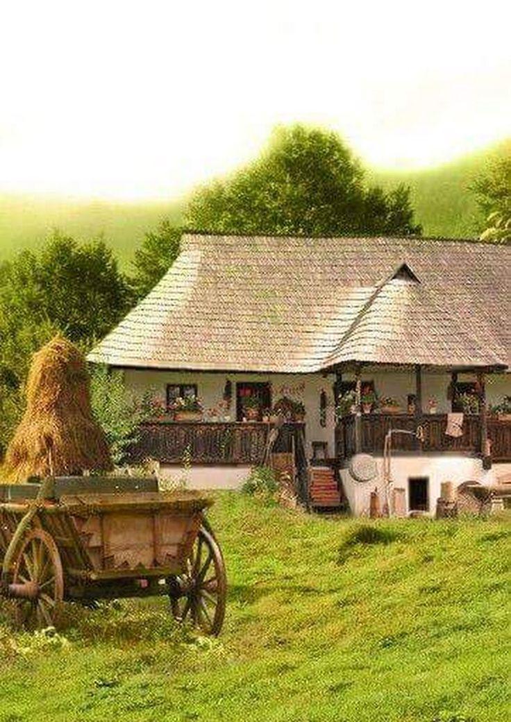 Ce frumos este sa locuiești într-o casă mică,undeva la tară si să uiti de gălăgie,ispite si viata asta modernă,care uneori am impresia ca ne face mai mu... - Doar Eu' - Google+
