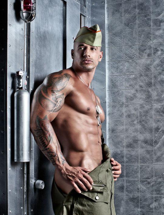 Nude military hunks #1