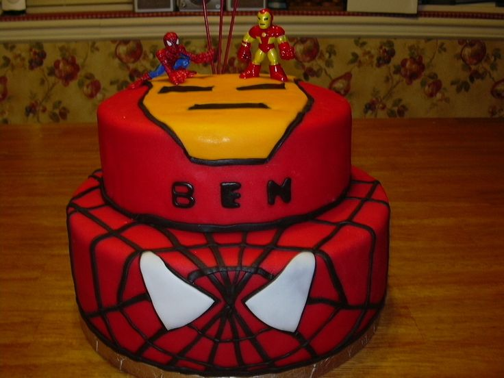 Iron Man and Spiderman Birthday Cake. Avengers Birthday ...
