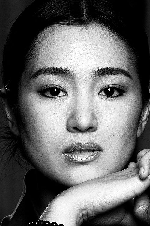 Gong Li photographed by Jean-Marie Périer.