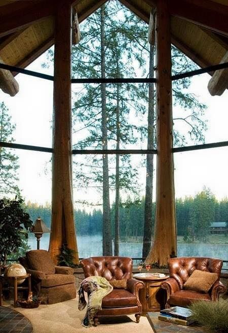 What a view! The cabin isn't small but the view is to die for!