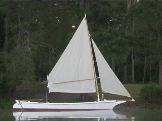 Chesapeake Bay Dead Rise Boat | ... reproduction of the time-tested crabbing skiffs of the ...