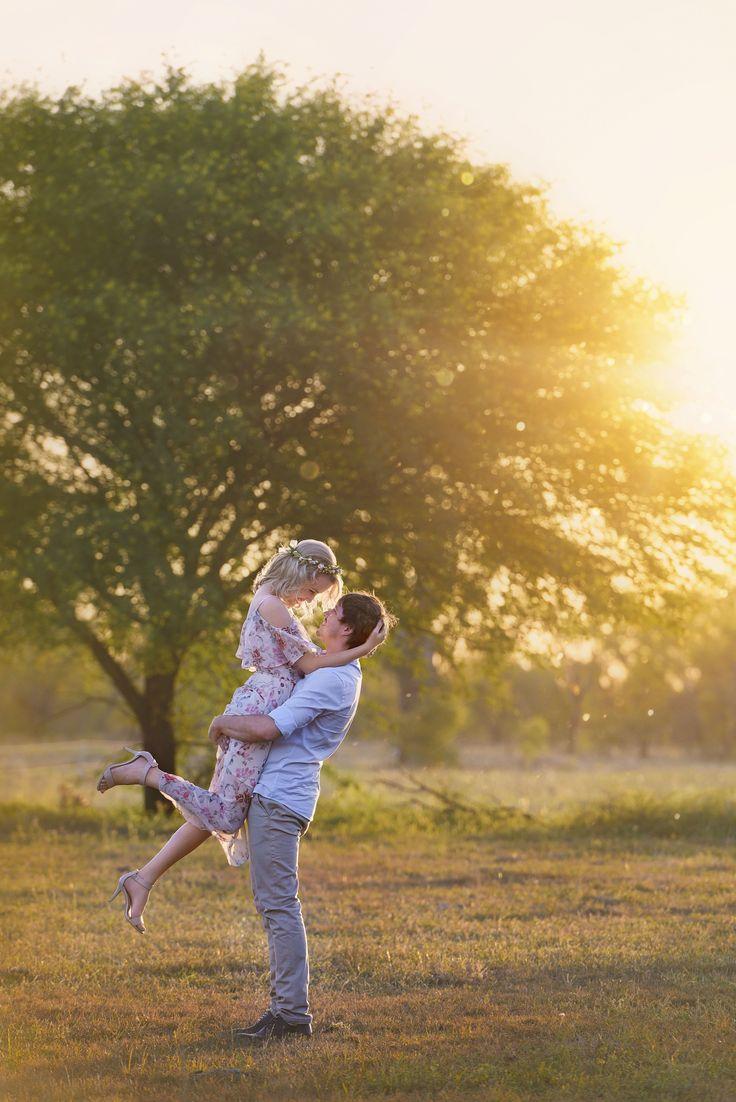 Engagement Photography. Engagement photo. Sunset. Australia. country. love. Beautiful Memories Photography. Rockhampton Photographer. Central Queensland