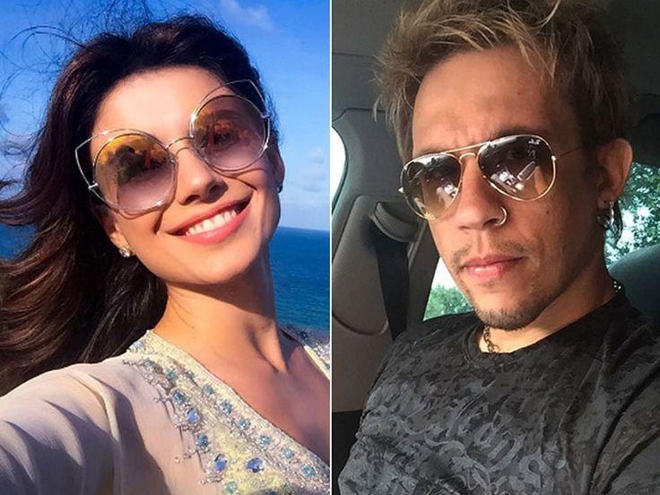 Paula Fernandes e Kiko do KLB negam rumores de namoro, mas são flagrados juntos #Cantor, #Corpão, #Ego, #FernandaSouza, #Foto, #Fotógrafo, #Fotos, #Instagram, #Ludmilla, #M, #Noticias, #PaulaFernandes, #QUem, #SãoPaulo http://popzone.tv/2017/01/paula-fernandes-e-kiko-do-klb-negam-rumores-de-namoro-mas-sao-flagrados-juntos.html