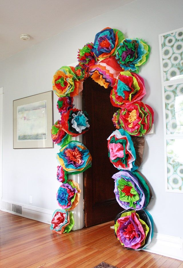 Welcome your guests with Cinco De Mayo doorway decore. Made out of tissue paper!
