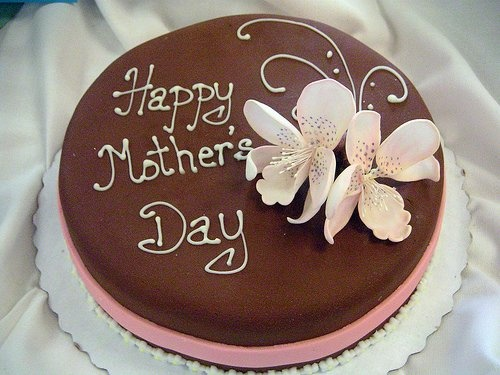Mothers day cake by fizzy_candy, via Flickr