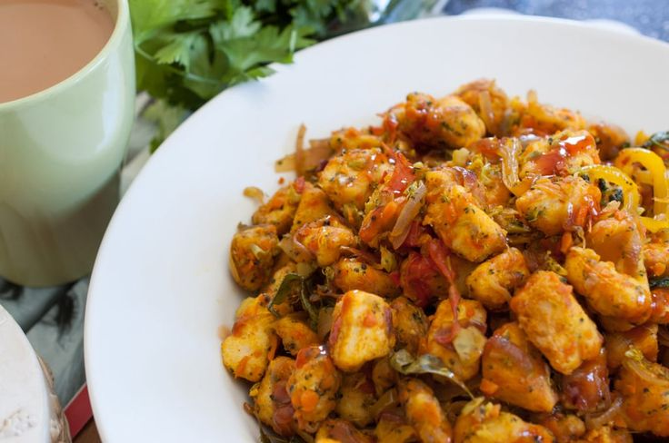 Bread cubes stir fried with vegetables and spices. An easy, healthy and tasty breakfast option using leftover bread.