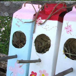 CASETTA UCCELLINI fai da te con riciclo creativo scatole cartone del latte - diy birds house for garden