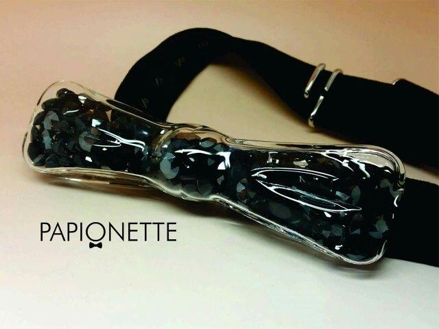 Papion Glass Black Stones