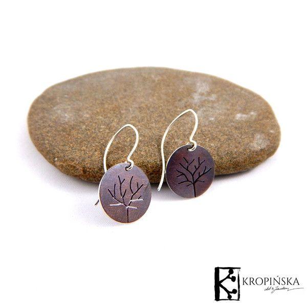 Drzewa - kolczyki wiszące, okrągłe w Kropińska Art & Jewellery na DaWanda.com