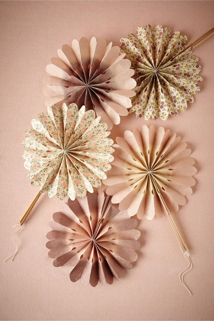 product | Blooming Ombre Fans, blush and lilac motif | from BHLDN