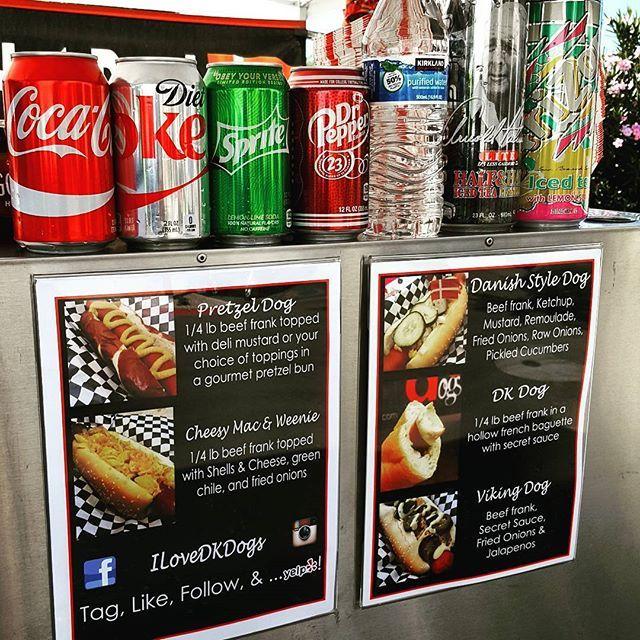 Private lunch today with @islandloco! Contact @familiafoodtrucks to book food trucks at your office!! #Phoenix #Scottsdale #Tempe #Gilbert #foodtruck #streetfood #hotdogcart #danishhotdog #pretzeldog