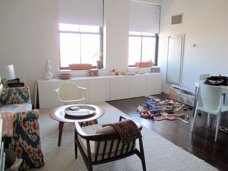 Wohnzimmer ikea besta  ikea-besta-regal-aufbewahrungssystem-weiss-konsole-parkettboden ...