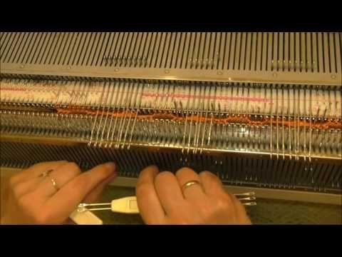 Широкие косы на вязальной машине Коса на 9 петель - YouTube