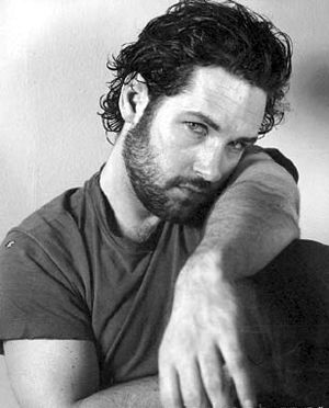 Paul Rudd with facial hair AND in black and white?! Just shoot me now. ❤️