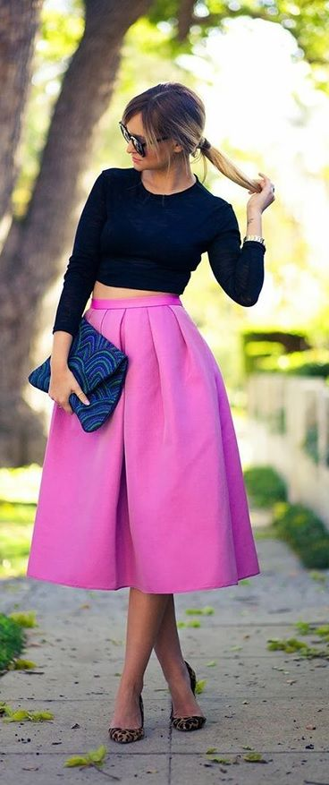 Cute look for fall wedding guest style!