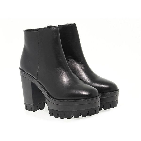 Windsor Smith Ankle Boots (€135) ❤ liked on Polyvore featuring shoes, boots, ankle booties, platform ankle boots, leather bootie, black platform booties, black leather booties and black ankle boots