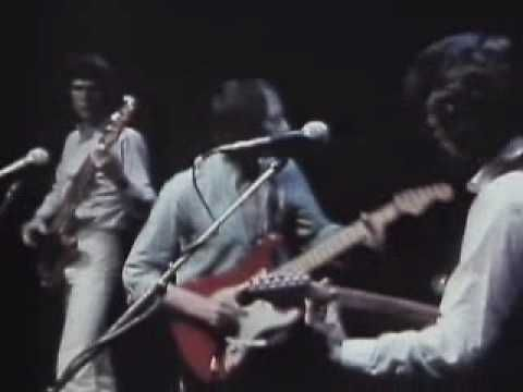 You get a shiver in the dark...It's raining in the park but meantime... Dire Straits...Sultans of Swing...