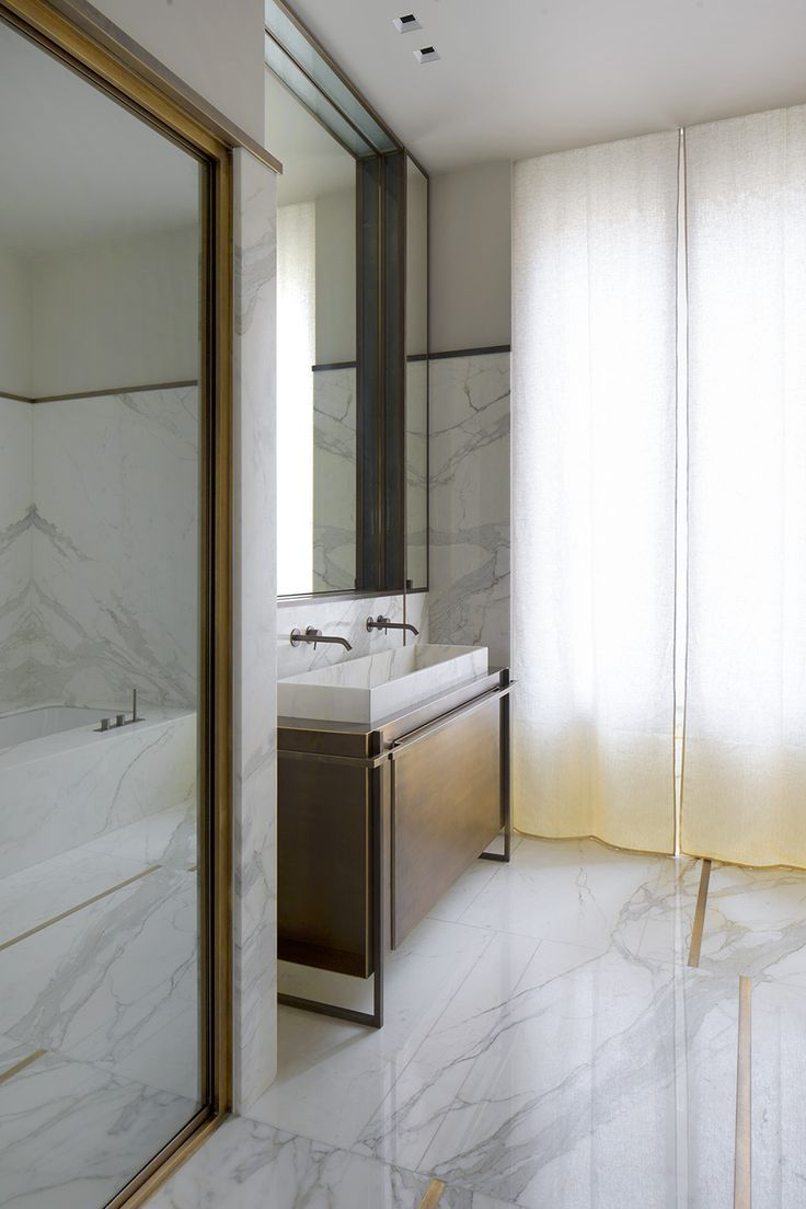 Bathroom in a Trocadéro apartment designed by Rodolphe Parente. Photo by Olivier Amsellem.