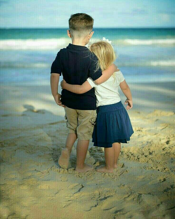 Pin By N Ncy On Ove All Around Cute Baby Couple Cute Couples Cuddling Girls Cuddling