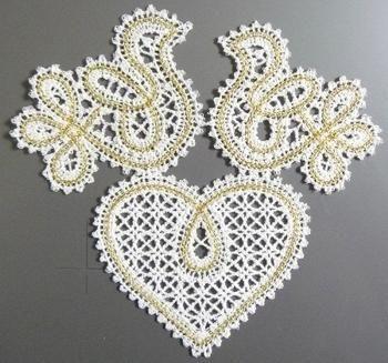 Advanced Embroidery Designs - FSL Battenberg Heart and Birds Set